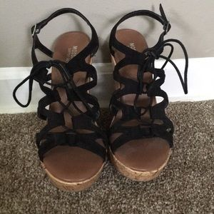 Mossimo black strap wedges size 7